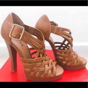 GUESS Women's Edelina Platform Sandals